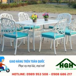 Bàn ghế sân vườn hiện đại